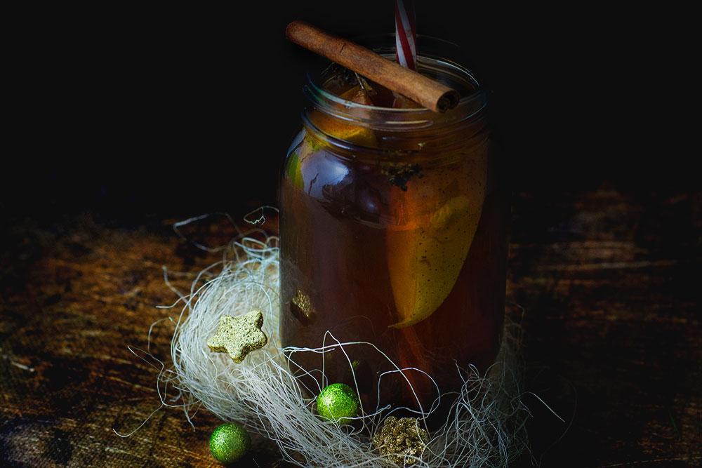 Zimowa herbata z gruszką i lawendą